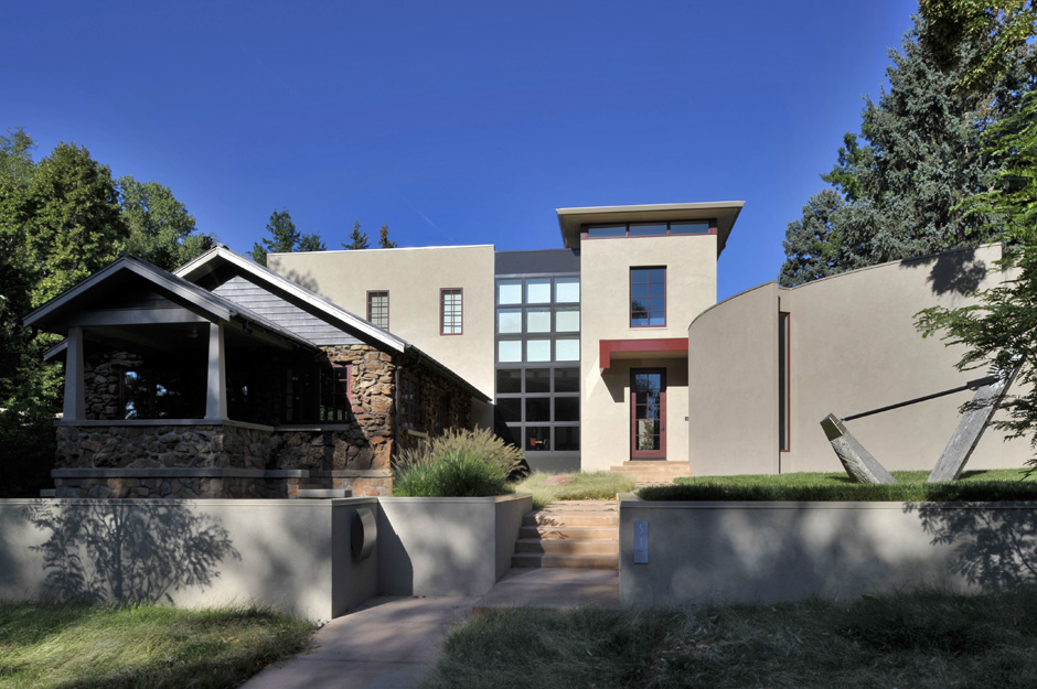 Boulder Mountain Courtyard Home