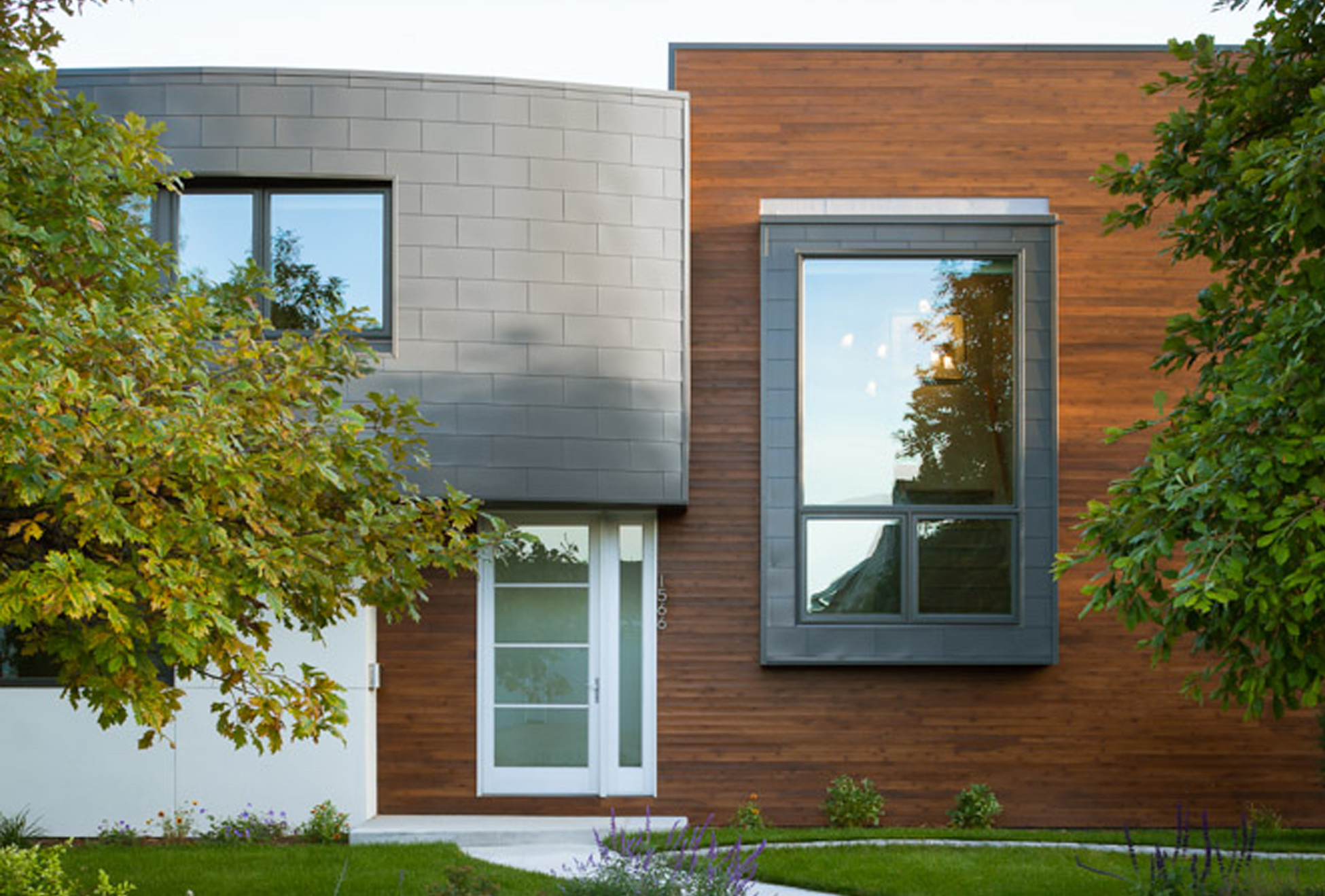 Boulder Modern Pop Top Home